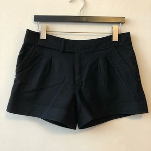 Juicy Couture Size 8 Black Wool Blend Shorts
